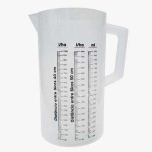 Jarra Calibradora 2 litros em material de polipropileno.